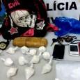 Nesta sexta-feira, 22.04, a Polícia Civil, através do Denarc, apreendeu 1kg de cocaína e prende em flagrante um casal. A investigação já vinha sendo realizada quando policiais obtiveram informação sobre...