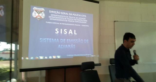 Nesta quarta-feira, 15.06, a Polícia Civil deu início ao treinamento dos servidores para a utilização de aplicativo para gerenciamento de alvarás. O treinamento ocorreu na Academia de Polícia, em Porto...