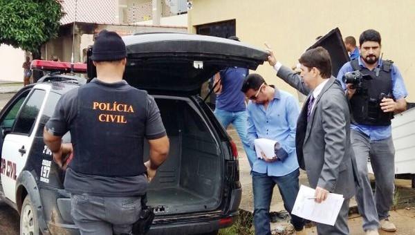 """A Polícia Civil do Estado de Rondônia por meio da 2ª Delegacia de Polícia em Ji-Paraná, deflagrou na manhã desta terça-feira (14/02), a operação denominada """"Assepsia"""". Cerca de 50 policiais..."""