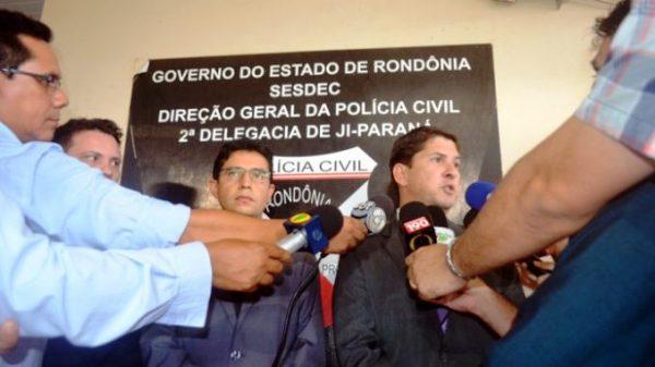 A Polícia Civil do Estado de Rondônia por meio da Delegacia em Ji-Paraná, deflagrou nesta quinta-feira (23/03), a 2ª fase da Operação Assepsia. Durante a ação policial, três mandados de...