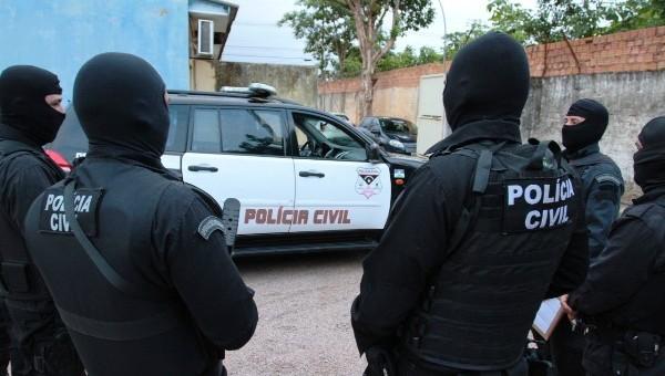 """A Polícia Civil do Estado de Rondônia com apoio da Polícia Militar, deflagrou na manhã desta sexta-feira (30/11), a operação denominada """"Nuntius"""", com objetivo de cumprir 84 mandados de prisão..."""