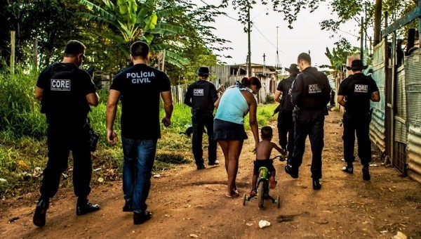 A Polícia Civil do Estado de Rondônia, por meio do Departamento de Polícia Metropolitana (DEPOM) e Departamento de Narcóticos (Denarc), deflagrou na primeira quinzena do mês de julho, a operação...