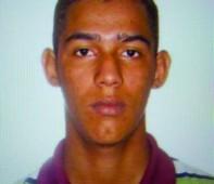 A Polícia Judiciária Civil do Estado de Rondônia, por meio da Delegacia de Polícia Civil de Nova Mutum-Paraná, está procurando José Paulo Carneiro Viviani, de 21 anos, suspeito de ser...