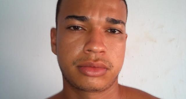 A Polícia Judiciária Civil do Estado de Rondônia prendeu Felipe da Silva Rocha, 20 anos, na manhã desta terça-feira(12/11), acusado de estuprar e assassinar Ângela Cortes de Moraes, 62 anos,...