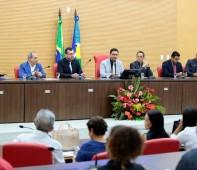Em alusão ao dia do Escrivão de Polícia, o presidente da Comissão de Segurança Pública, Deputado Estadual Anderson Pereira (Pros), entregou na tarde desta segunda-feira (4), a comenda Voto de...