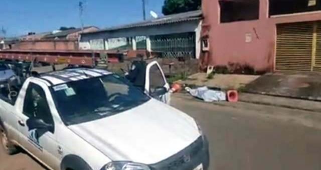 A Polícia Judiciária Civil do Estado de Rondônia, por intermédio da Delegacia Especializada em combate a crimes contra a vida – DECCV-PVH, elucidou, em menos de 24 horas, o homicídio...