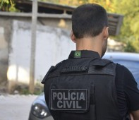 Imagem ilustrativa. Dois assaltantes foram perseguidos e presos por um Policial Civil na tarde desta terça-feira (31), na Rua da Beira, Bairro Jardim Eldorado, Zona Sul de Porto Velho/RO. A...